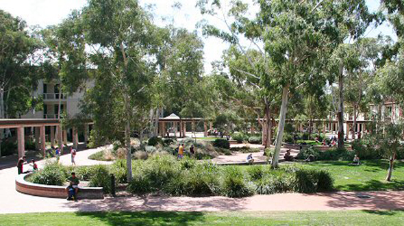 UC College @ University of Canberra (00212K)