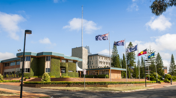 University of Southern Queensland (00244B)
