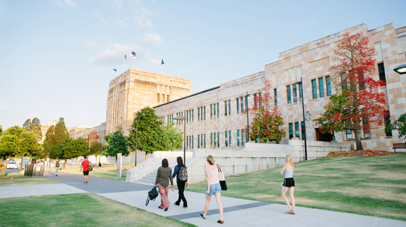 University of Queensland (00025B)